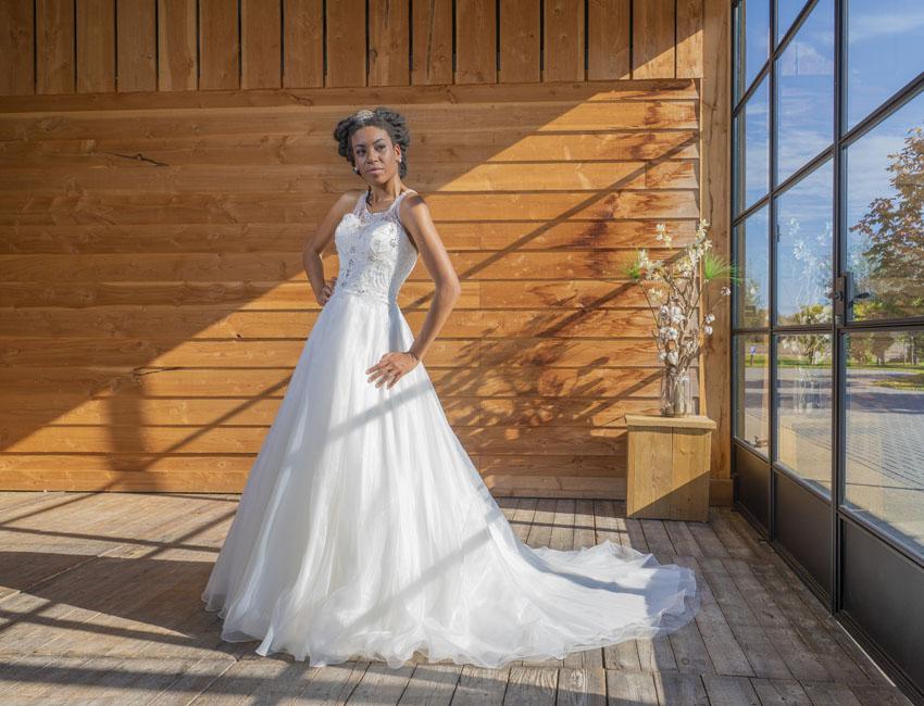 Bruidsjurken Almere.Hartenvrouw Bruidsmode Wishes And Weddings