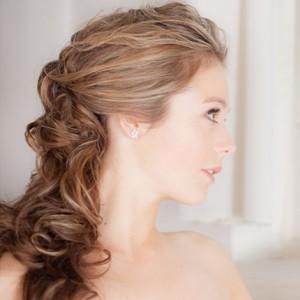 bruidskapsels, bruidsmake up en  bruidskapsels lang haar